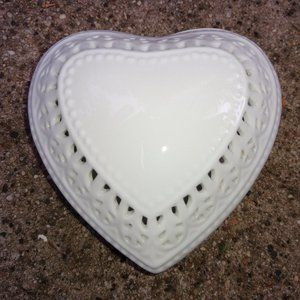 Porcelain White Heart Trinket Box